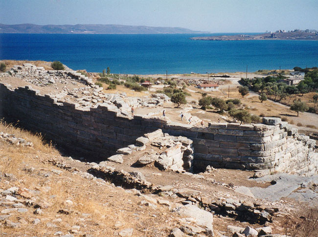 Theatre_at_Thorikos